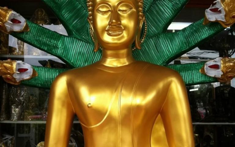Будда и наг Мучалинда