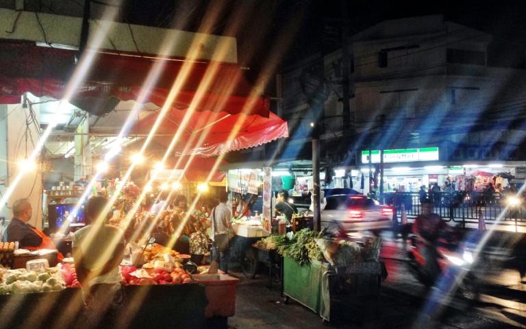 Полночь в Бангкоке