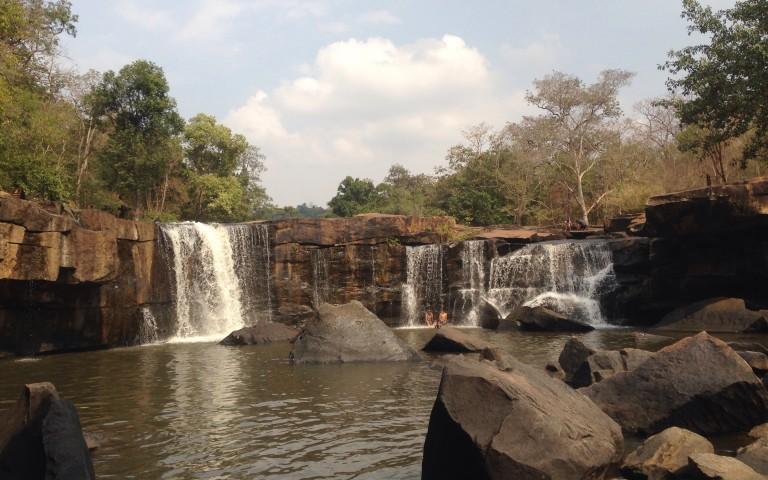 Водопад Tat Ton