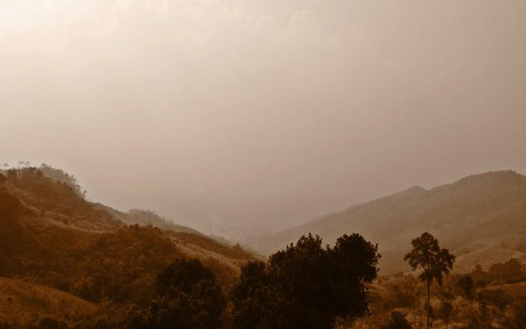 Lotos Viewpoint #3: красная жара