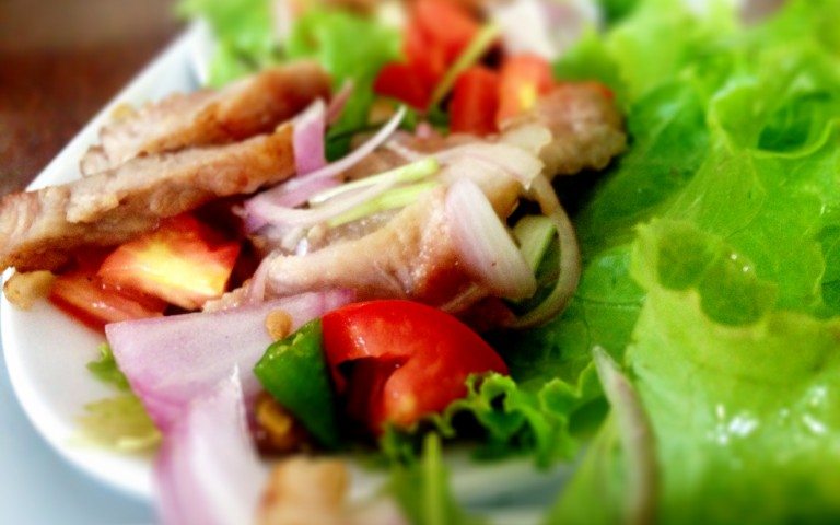 Nam Tok салат