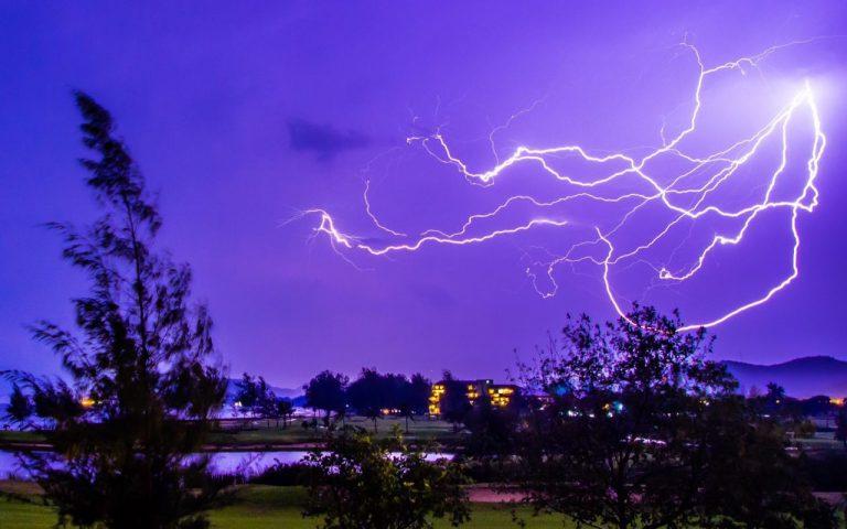 Молния в Хуа Хине