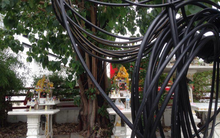 Домики для духов и провода