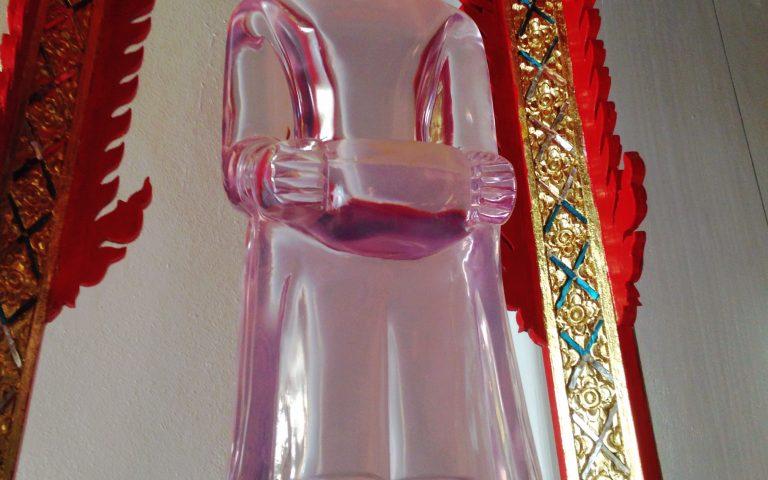 Прозрачный Будда