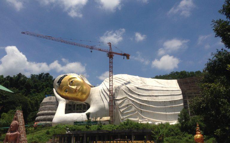 Самый большой лежащий Будда в мире