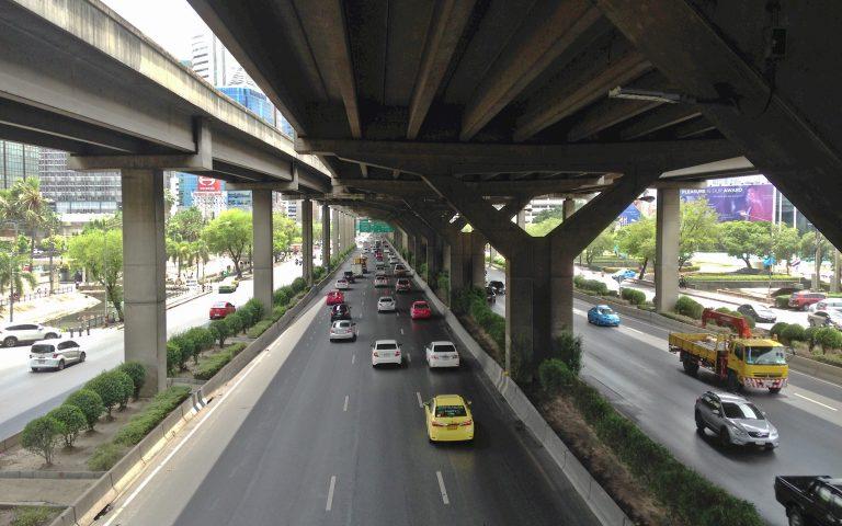 Мирный бангкокский трафик