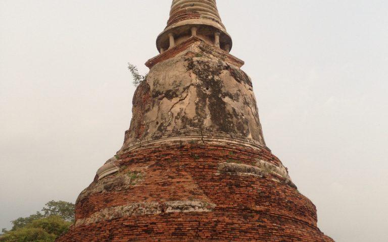 Древняя буддийская ступа 3