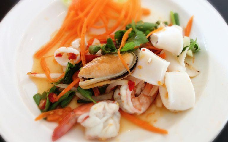 Салат из морской дряни