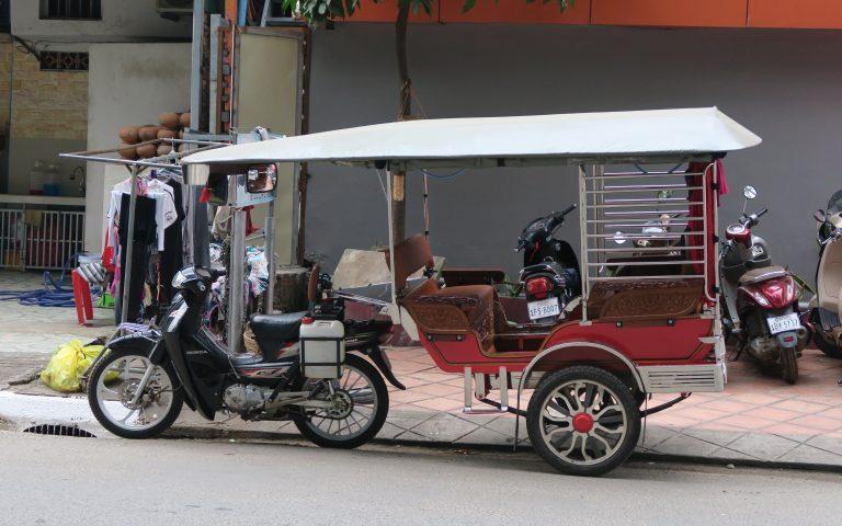 Тук-тук обыкновенный пномпеньский