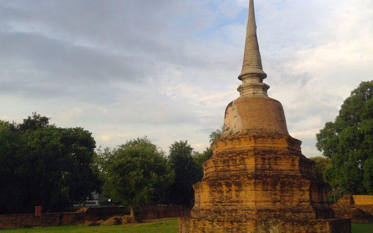 Древний храм Ват Ратчабурана 4