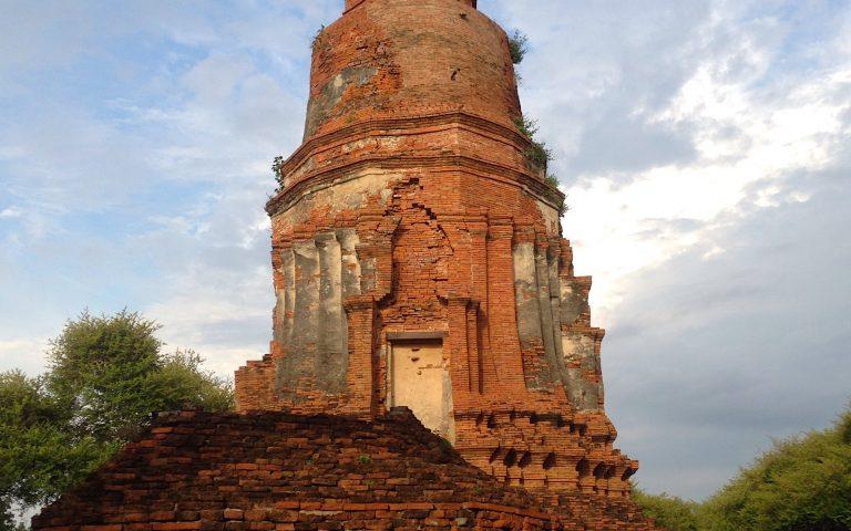 Древний храм Ват Ратчабурана 5
