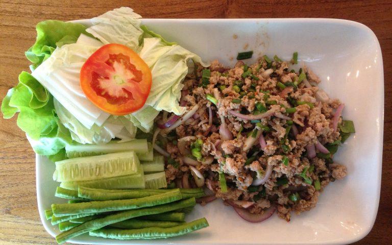 Тайская кухня: Larb Moo