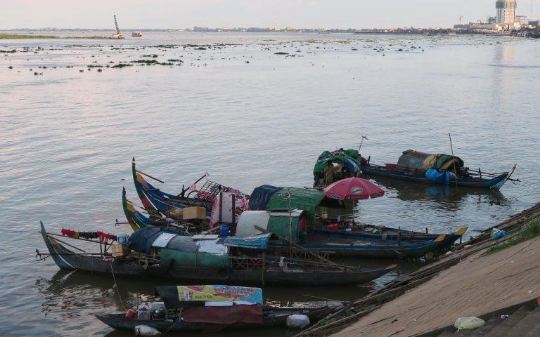 Дома в лодках