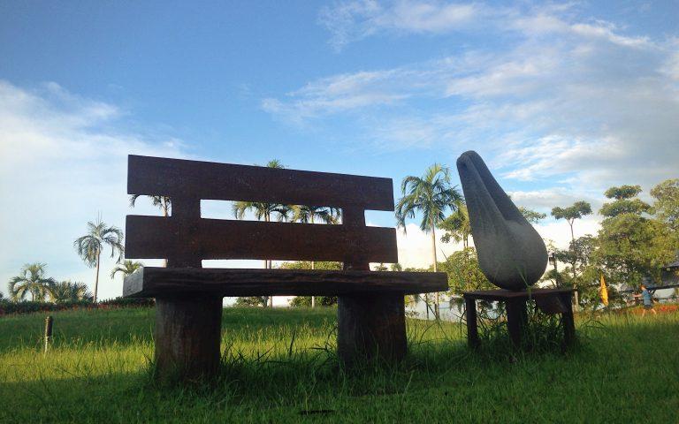 Скульптуры парка Bueng Thung Sang 7
