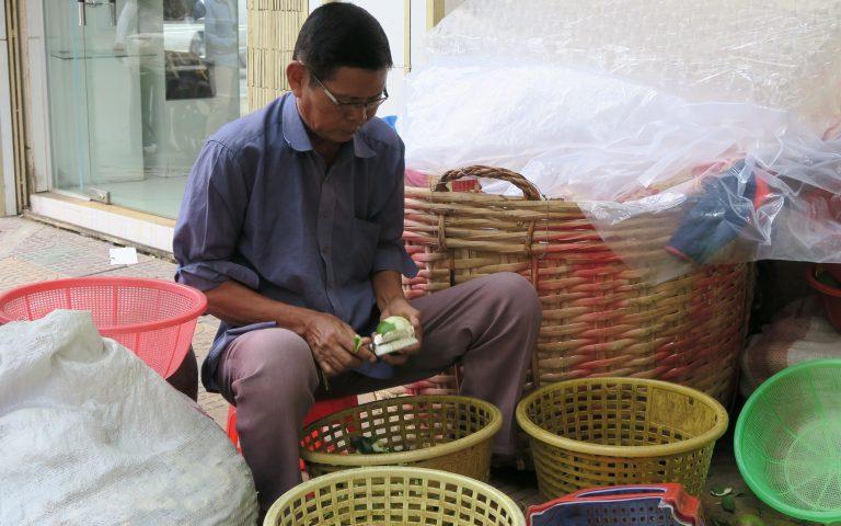 Уличный продавец лайма