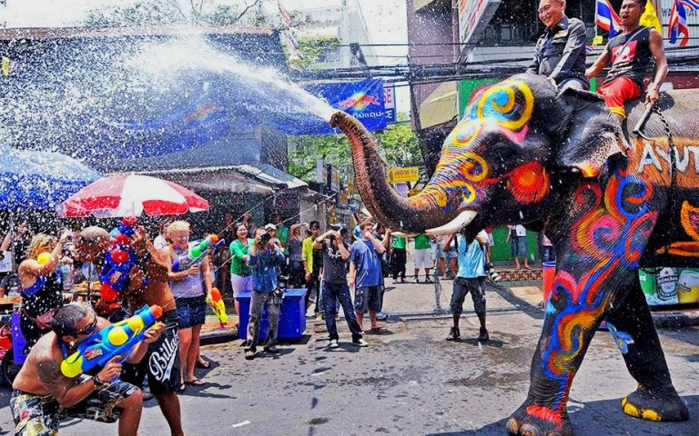 Сонгкран, тайский новый год