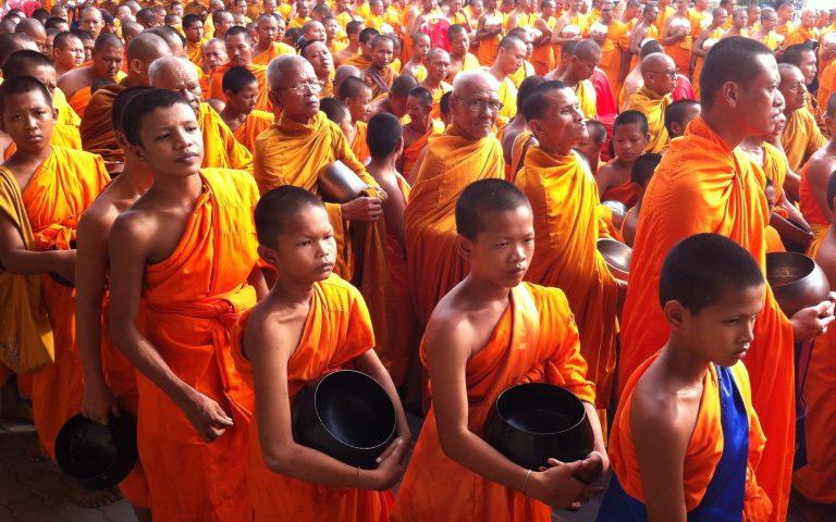 10101 буддийский монах