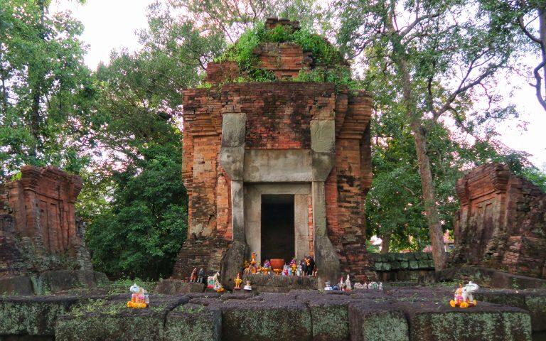 Храм Prasat Ban Ben: место для практик