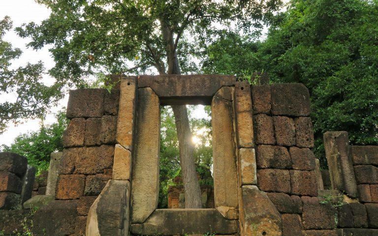 Храм Prasat Ban Ben 2