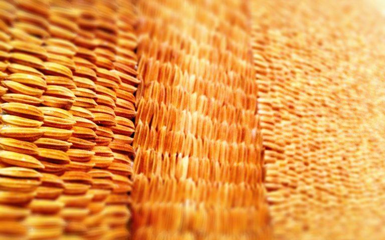 Из сырого рисового зерна