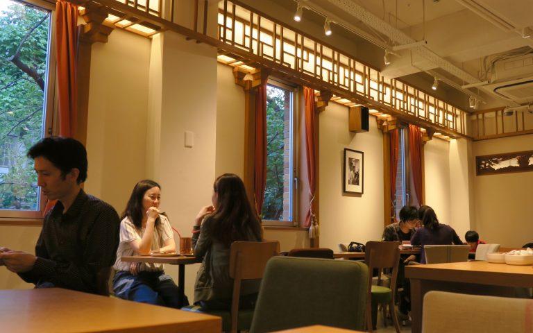 Японский кофейный интерьер 3