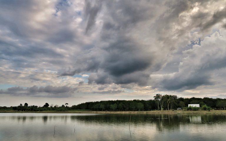 Озеро Ang Kep Nam Ban Sao Thongchai