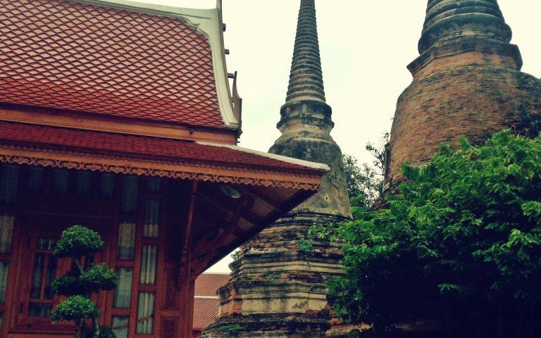 Угол храма