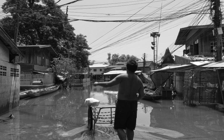 Вещи из затопленных домов