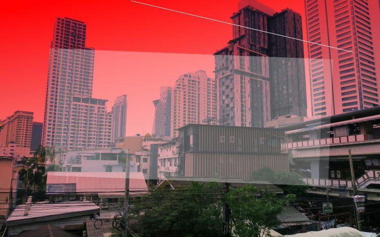 Красное небо Бангкока