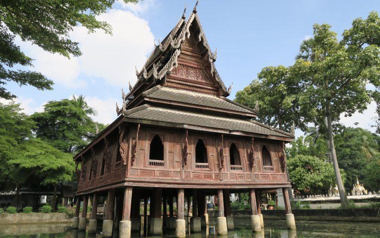 180-летний буддийский храм