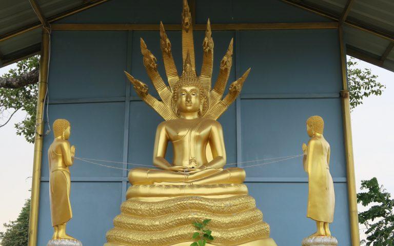 Буддийский храм Wat Senawong 2